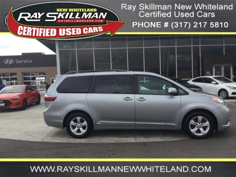 Pre-Owned 2017 Toyota Sienna LE AUTO ACCESS SE